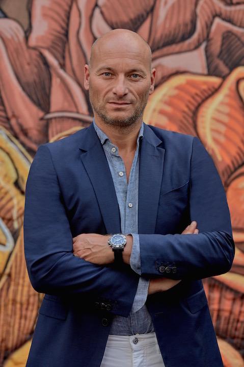 Portrait of Bram van der Hoek